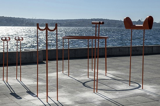 """""""Public Devices for Therapy"""" na Bienal de Design de Istambul"""